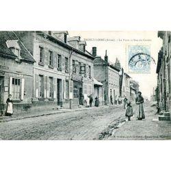 La Poste et rue du centre